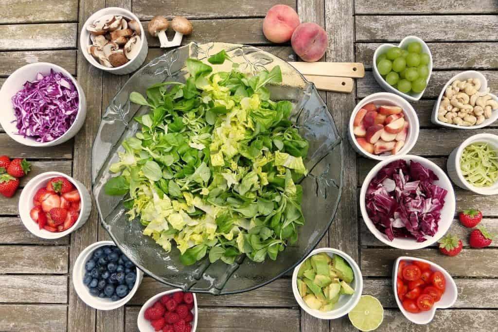 סלט ותוספות צמחוניות